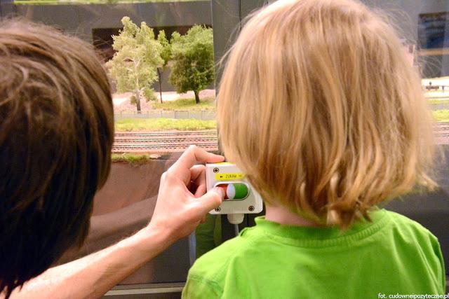 Wielka makieta kolejowa - próba kontroli nad małym światem