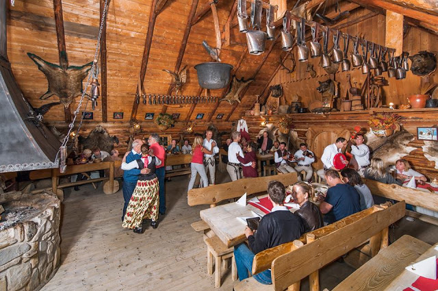 Gdzie zjeść w Zakopanem - klimatyczne Bąkowo Zohylina Wyżnio